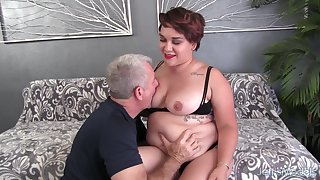 Fat Blackness Teen Raven XXX Pleasures an Older Man with Mouth and Pussy