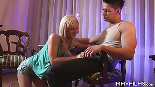 Naughty playful bird Nathaly Cherie lures her new BF for awesome analfuck