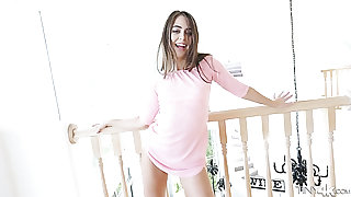 Penny-pinching vitalized slit be fitting of emotional demoiselle Riley Reid gets stretched mish hard